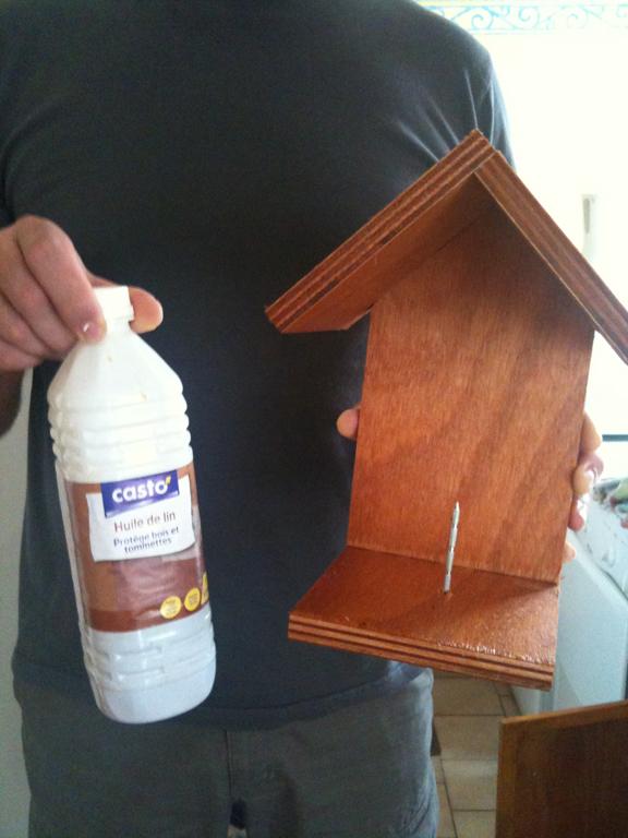 Fabriquer ses boules de graisse et mangeoire pour oiseaux for Huile lin bois exterieur